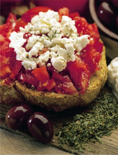 DAKOS - rusk with tomato, feta and oregano